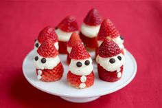 Strawberry Whipped Cream Santa © Jeanette's Healthy Living More