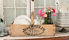French Larkspur: The Rustic and the Pretty Vintage Wood Crates, Wooden Crates, Dish Display, Plate Display, Estilo Country, Purple Home, French Decor, Wood Boxes, Inspired Homes