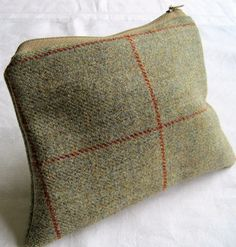 Olive green tweed lined pouch £10.00