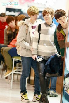 Lumin, Xiuhan and Chen ❤ oh my golly i love them so much. I really wish they were the bestest friends ever.
