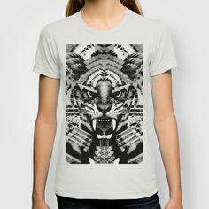 ingwe.  T-shirt