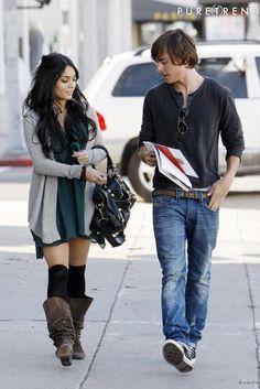 Les deux Baby stars Zac Efron et Vannessa Hudgens se sont rencontrés sur le tournage de High School Musical et ne se quittent plus depuis. Tous les deux adeptes du look sportschic, très en vogue à LA.