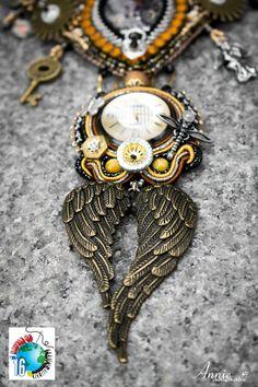 """Collana steampunk """"THE UNIVERSE ALONE"""" partecipante al concorso B.O.T.B. 2016"""
