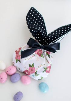Show Off Saturday: Bunny Treat Bags! — SewCanShe | Free Sewing Patterns for Beginners