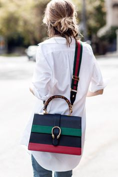 + me + Gucci = NOW. (CHRONICLES OF HER) for the love of a good bag - knowing that is all you needfor the love of a good bag - knowing that is all you need Gucci Handbags, Gucci Bags, Designer Handbags, Ladies Handbags, Leather Handbags, My Bags, Purses And Bags, Gucci Online, Denim Look