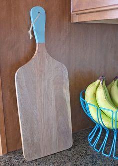 DIY Dipped Handle Cutting Board