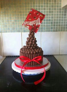 Anti gravity Maltesers cake