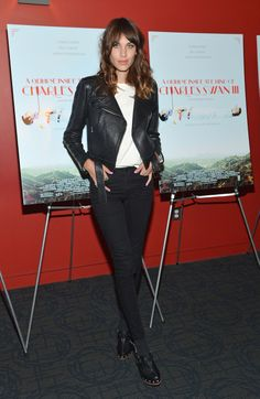 If you want to make a bold fashion statement Alexa Chung Leather Jacket is the right pick for you. Are you looking for the most stylish Female Celebrity Leather Jackets? Look no further, Ultimo Jackets offer you the best-quality jackets which not only kee Military Style Coats, Alexa Chung Style, Dressing, Inspirational Celebrities, Winter Looks, Winter Style, Deep Winter, Celebrity Look, Street Style Looks