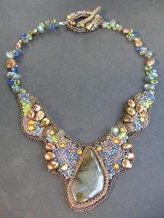 Google Image Result for http://tigerlaur.com/thebeadhivect/images/201011/Embroidered%2520NecklaceB-1.jpg