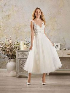 Alfred Angelo Bridal Style 5007 From Modern Vintage Gowns