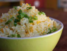 Cantinho Vegetariano: Arroz com Cenoura e Cebolinha (vegana)