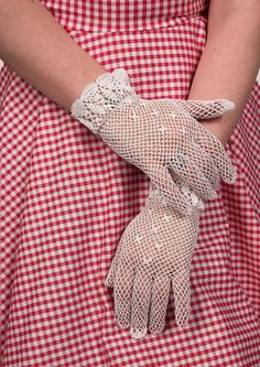 Crochet Gloves - Fashion 1930s, 1940s & 1950s style - vintage reproduction
