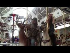 Mountain Man of Duck Dynasty and Country Music Artist Katie Knight Christmas Shopping - http://music.ritmovi.com/mountain-man-of-duck-dynasty-and-country-music-artist-katie-knight-christmas-shopping/