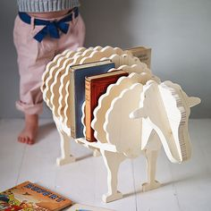 Clever Ways To Organize Kids Rooms (I see clever ways to store knitting books)
