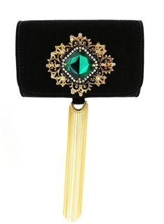 clutch etruturada revestida veludo preto detalhe ouro com pedra verde e aplicaçoes de critais franja correntes ouro S DESIGN (CL03) tem na LOJA VILLA