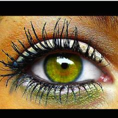 Wish my eye could look like that!:(