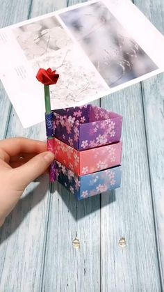 Cool Paper Crafts, Paper Crafts Origami, Diy Crafts For Gifts, Diy Arts And Crafts, Creative Crafts, Diy Paper, Fun Crafts, Diy Crafts Hacks, Amazing Crafts