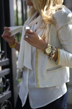 Boucle jacket paired with great watch/jewelry Looks Chic, Looks Style, Style Me, Sweater Weather, Work Fashion, Fashion Looks, Fashion Jewelry, How To Have Style, Top Mode