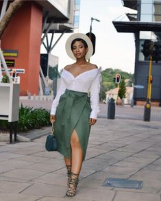 Fashion Styles for Ladies: 25 Great Women Casual Outfits to Try size fashion for women black girl Black Girl Fashion, Curvy Fashion, Look Fashion, Fashion Styles, Classy Fashion, Classy Outfits, Chic Outfits, Fashion Outfits, Womens Fashion