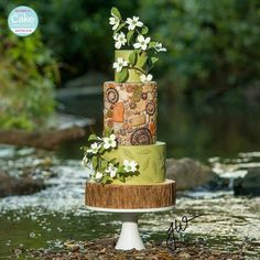 """Woodland Charm Seventeen cake artists accepted the challenge from American Cake Decorating Magazine to """"Create an exclusive trend inspired cake for the. Crazy Cakes, Fancy Cakes, Gorgeous Cakes, Amazing Cakes, Cake Decorating Magazine, Bolo Floral, Woodland Cake, American Cake, Themed Wedding Cakes"""