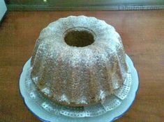Nejrychlejší ořechová bábovka Food And Drink, Baking, Desserts, Detail, Kuchen, Tailgate Desserts, Patisserie, Dessert, Postres