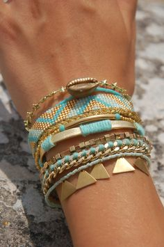 DIY - Manchette Hipanema nouvelle version Hipanema cuff http://bijouxfantaisiefemme.fr/