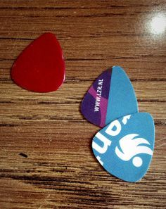 How to Make Your Own Guitar Picks