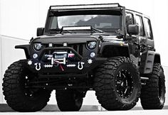 2015-Jeep-Wrangler-Unlimited-Sport-4x4
