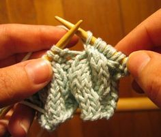 Grumperina goes to local yarn shops and Home Depot - Cables without a cable needle