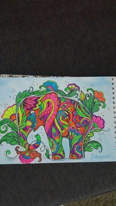 Kleuren voor volwassen -coloring for adults.   Neon gelpennen en pastelkrijt