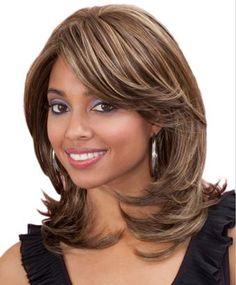13 der beliebtesten mittleren Frisuren für Frauen Sie können es nicht verpassen