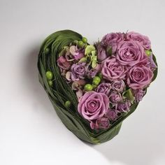 to inspire: heart of flowers Flower Boxes, Diy Flowers, Flower Decorations, Fleurs Toussaint, Amazing Flowers, Beautiful Flowers, Sympathy Flowers, Funeral Flowers, Arte Floral