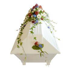532a, kistdekorationer, begravningsblommor, lavendla begravningsbyra Funeral, Floral Arrangements, Home Decor, Projects, Dekoration, Decoration Home, Room Decor, Flower Arrangement, Flower Arrangements