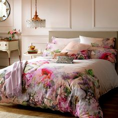 Choose from a great range of Duvet Covers. Including Bed Linen, Duvet Sets, and Single Duvet Covers. Free UK mainland delivery when you spend and over. King Size Duvet Covers, Double Duvet Covers, Luxury Interior Design, Home Interior, My New Room, Beautiful Bedrooms, Luxury Bedding, Modern Bedding, Modern Bedroom