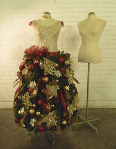 Mannequin Madness has  DIY tutorials for turning mannequin dress forms into holiday decor