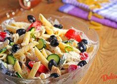 Salata de pui cu paste Fruit Salad, Pasta Salad, Carne, Oatmeal, Make It Yourself, Breakfast, Ethnic Recipes, Food, Facebook