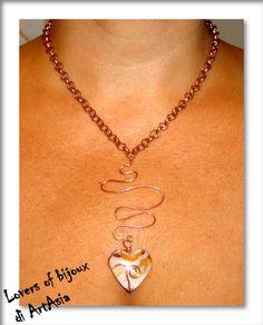 29062(1) - Collana in rame con cuore in vetro soffiato, fatta a mano. Handmade