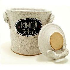 fermentation pickling crock with chalkboard . ceramic pottery jar for sauerkraut or kimchi in chalk white Fermented Sauerkraut, Sauerkraut Recipes, Fermented Foods, Pickling Crock, Fermentation Crock, Small Chalkboard, Easy Starters, The Potter's Wheel, Pottery Designs