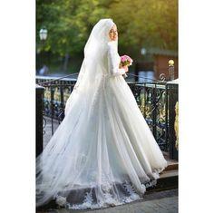 Bridal Hijab, Hijab Bride, Muslim Brides, Muslim Couples, White Wedding Gowns, Wedding Dresses, Hijabi Wedding, Little Girl Quotes, Hijab Style Dress