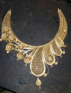 Gold Jewelry Design In India Gold Ring Designs, Gold Earrings Designs, Gold Jewellery Design, Jewellery Display, Necklace Designs, Wholesale Gold Jewelry, Jewellery Sketches, Filigree Jewelry, Womens Jewelry Rings