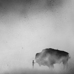 Dreamlike And Inspiring Black and White Watercolor Paintings – Fubiz Media
