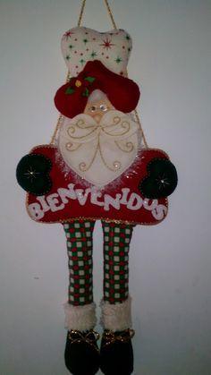 Santa, Christmas Ornaments, Holiday Decor, Feltro, Holiday Ornaments, Noel, Christmas Jewelry, Christmas Baubles, Christmas Decorations