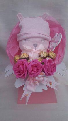 Chocolate Boquet, Red Chocolate, Luxury Chocolate, Ferrero Rocher Bouquet, Ferrero Rocher Chocolates, Valentine Gift Baskets, Valentine Gifts, Greeting Card Holder, Lindt Lindor