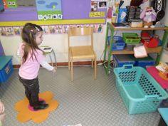 Begeleide of zelfstandige activiteit - Doekjes in de wasmand gooien