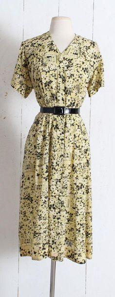 Vintage 1940s Dress vintage 40s novelty print rose garden