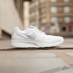 Nike Wmns Kaishi White/Mtlc Platinum