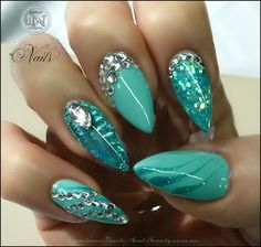 Nail Art Images and Tutorials: Turquoise Pointy Nails