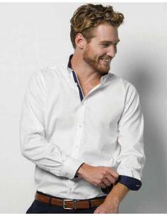 d418ce549aba9 Encuentra tu camisa manga larga hombre en contraste de kustom kit en  nuestro catálogo de ropa online. Conoce nuestra sección camisas hombre en basic  estil .