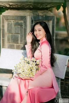 Vietnamese Traditional Dress, Traditional Dresses, Ao Dai, Charmed, Beauty, Beautiful, Beauty Illustration