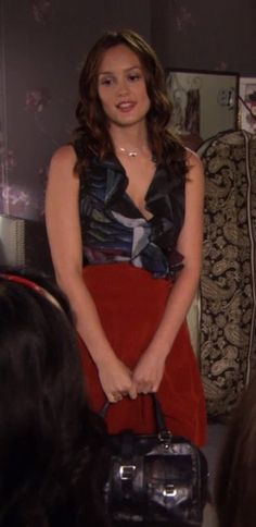 3x04 Super cute. Love red skirts and pretty blouses. And blue and red together.